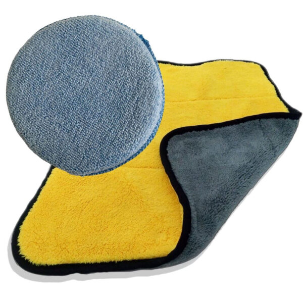AutoSmart polishing cloths with microfibre towel and microfibre sponge for buffing wax